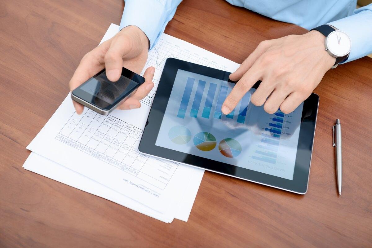 Optimizing B2E Mobile Applications, Productivity, and Customer Service